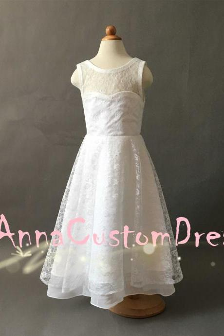 V-back Floor-length Ivory Lace Flower Girl Dress